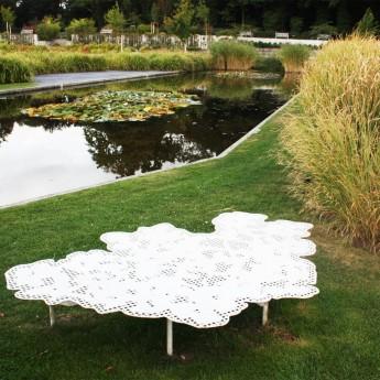 table-metal-outdoor-mobilier-street furniture-design