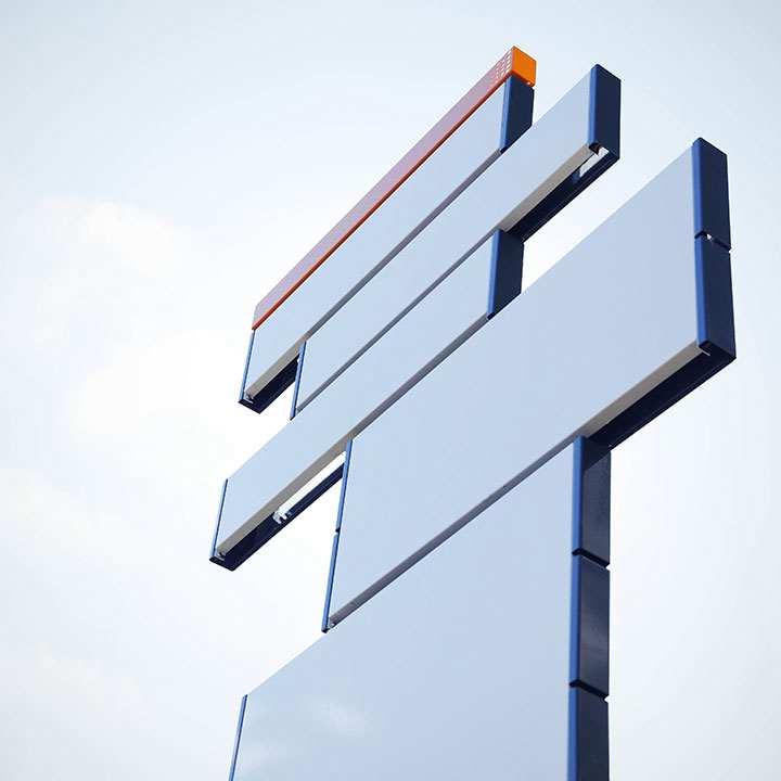 Panneaux signalétiques extérieurs Mât