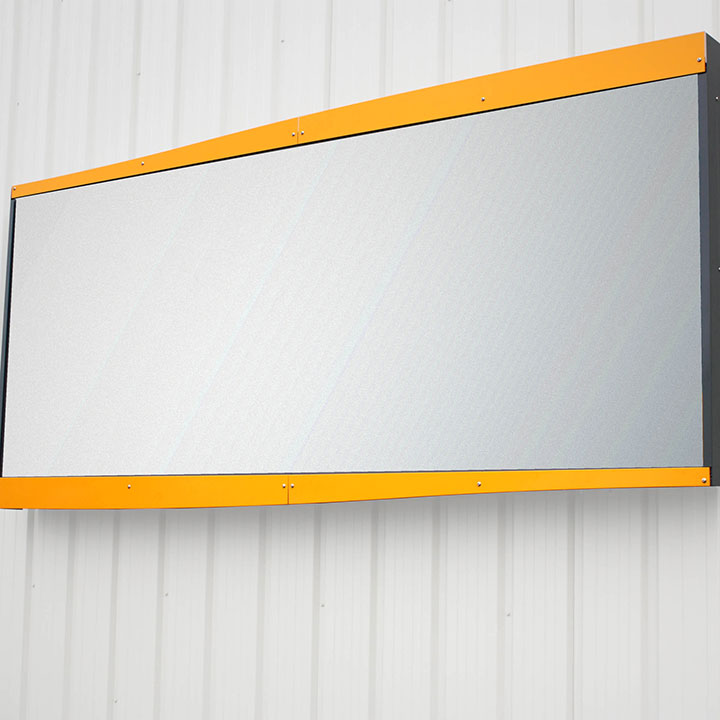 4m² wall-mounted sign cinemascope