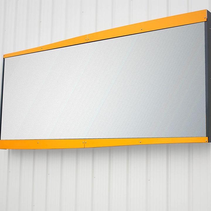 4m² wall-mounted sign cinemascope