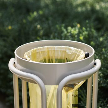 corbeille-bin-metal-design-mobilier urbain-street-furniture