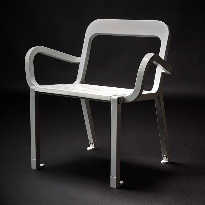 Chaise Design Chair Metal Céramique de TF Urban et Marc Aurel