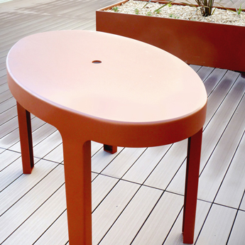 Mobilier urbain - design - table - Marc Aurel - metal - mobilier - urbain - outdoor - street furniture