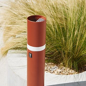 Mobilier urbain - design - cendrier - ash tray- Marc Aurel - metal - mobilier - urbain - outdoor - street furniture