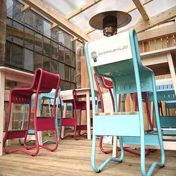 Tabouret Detroit Design Restaurant, Bar, Bibliothèque