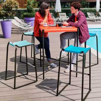 Pleats – Table Haute