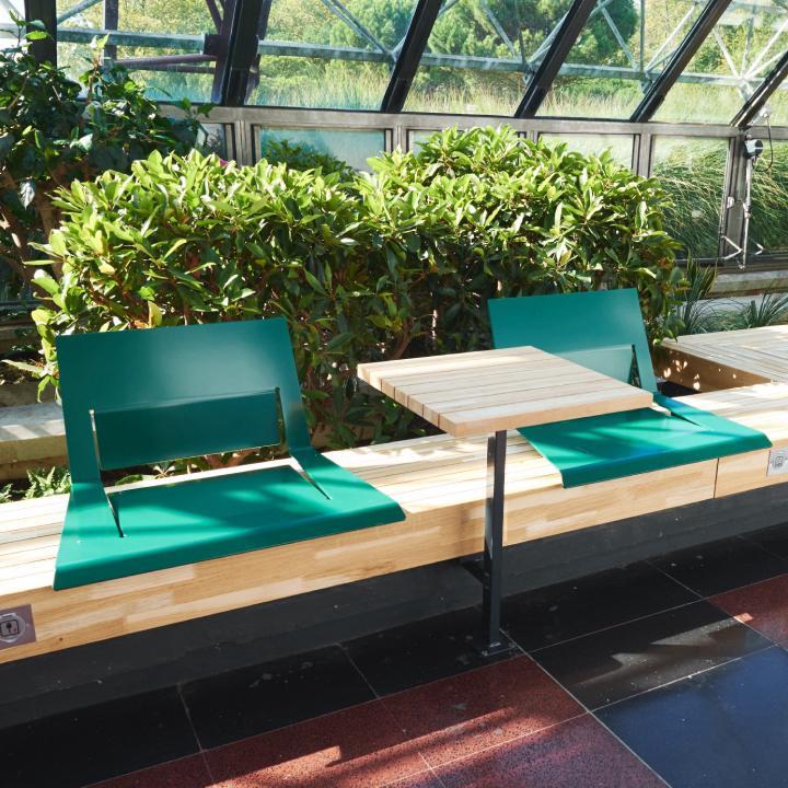 Ligne banc et chaise pour aménagement des villes