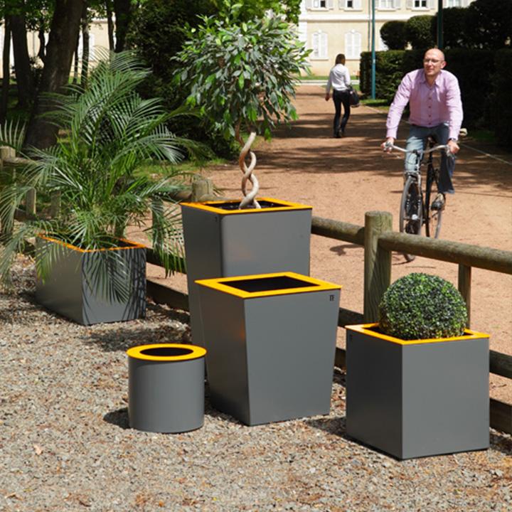 Gamme de Bacs à fleurs design et sur mesure pour villes et collectivités
