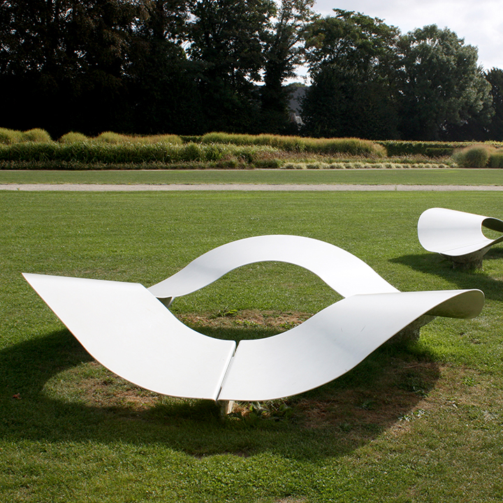 TF URBAN banc sculpture Ondine - by Michaël Bihain